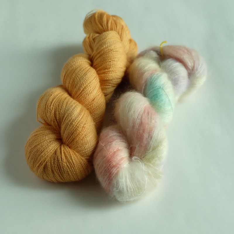 19 Red  Kite B - Knitting Brioche Lace Set