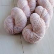 10 Tea Rose - Silky Merino Lace