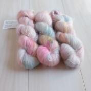 08 Blooming Pretty - Silky Kidmohair