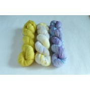 """Colorful Keepsake Shawl"" kit No.1 ( 3 skeins )"
