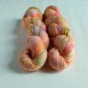 01 Merry-go-round - Merino Sock (4 skeins set)