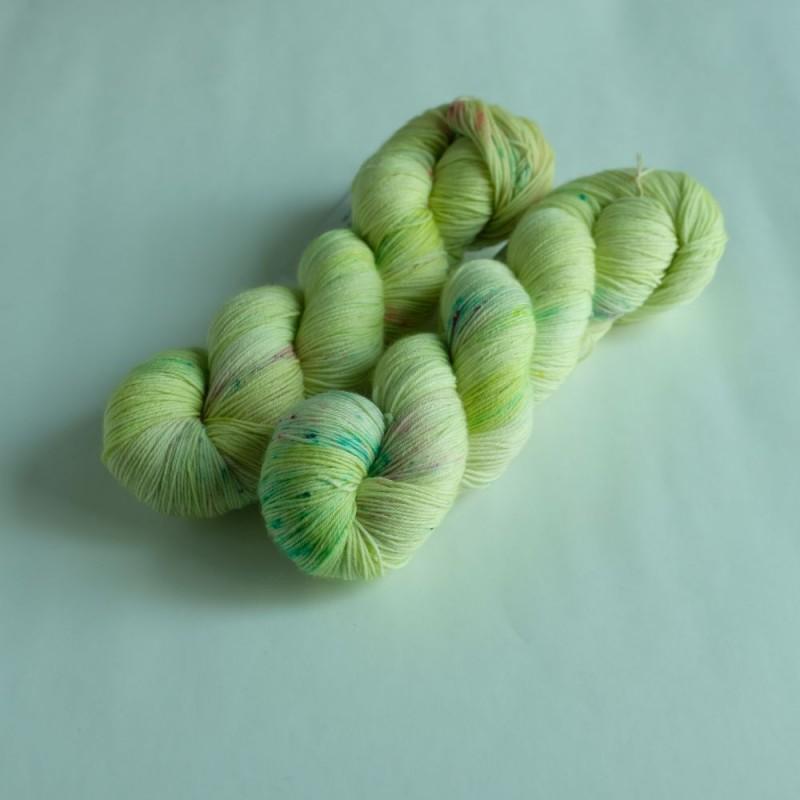 Dreamin' Chameleon - Merino Sock